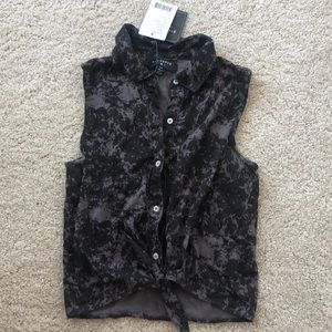 NWT URBAN OUTFITTERS BD VEST